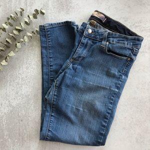 PAIGE Roxie Capri Jeans 28
